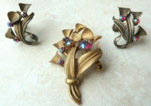 Vintage Brass Floral Design Brooch And Earring Set.